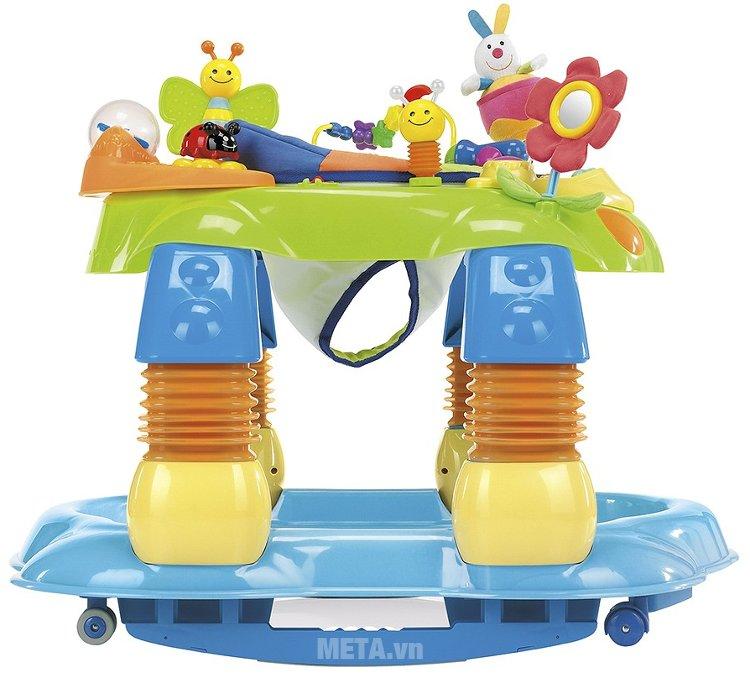 Xe tập đi có đồ chơi 3 trong 1 Brevi Giocagiro BRE551 được làm từ chất liệu nhựa an toàn cho trẻ