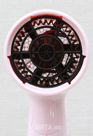 Máy sấy tóc Philips BHC010 hoạt động với công suất mạnh mẽ
