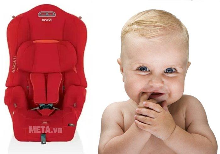 Ghế ngồi ô tô cho bé Brevi Allroad BRE511-233 sử dụng đai khóa an toàn 5 trong 1