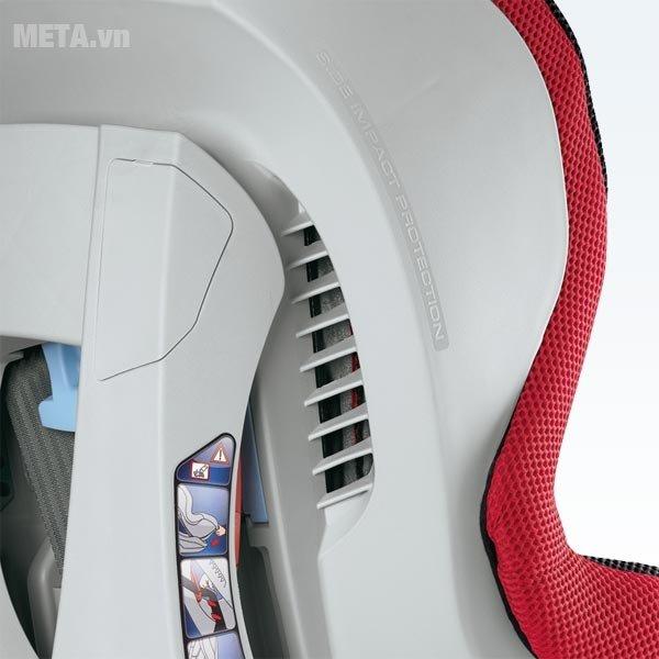 Ghế ngồi ô tô cho bé Brevi AXO BRE537-233 mang đến cảm giác thoải mái và an toàn cho trẻ