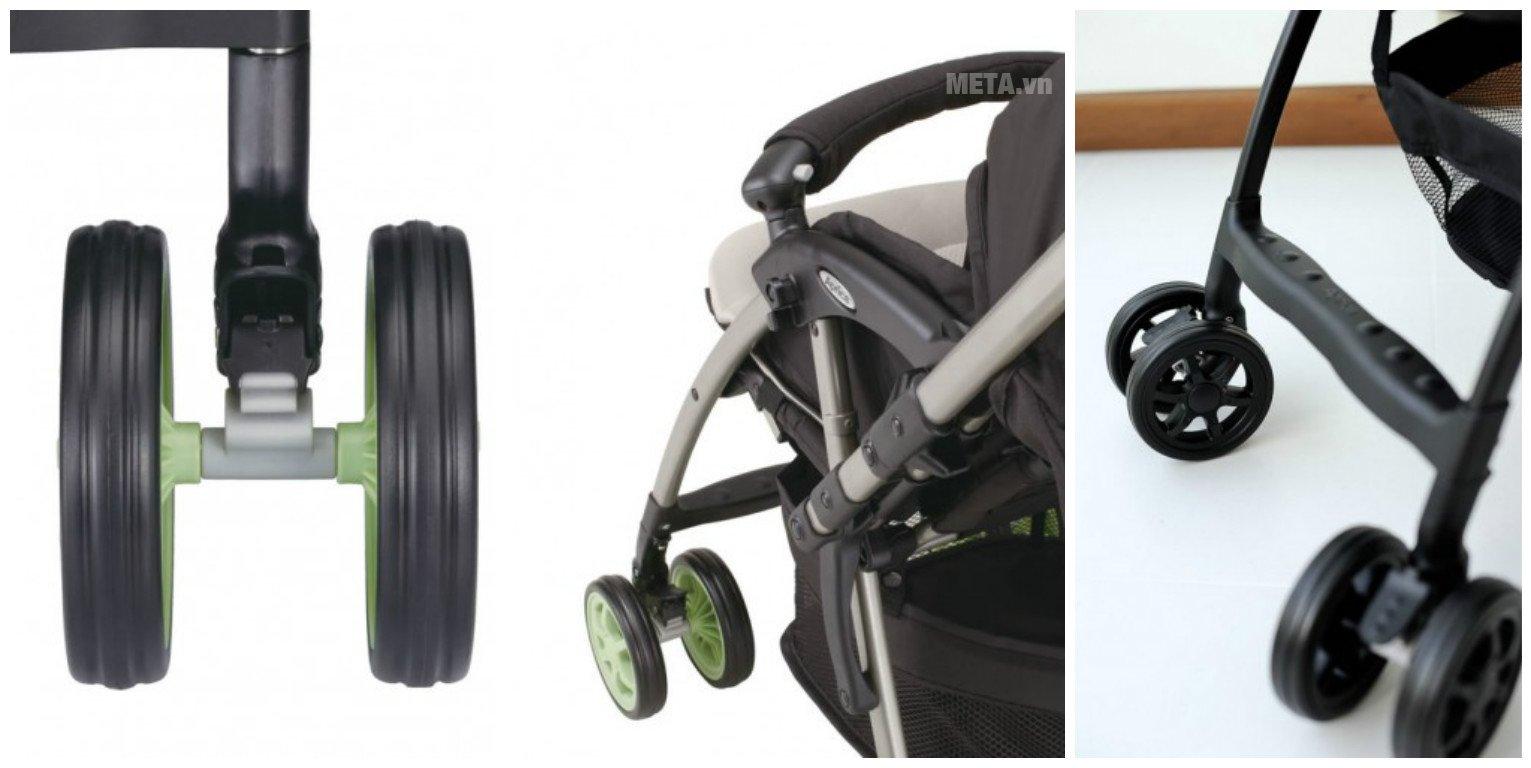 Xe đẩy trẻ em Aprica Karoon Plus BK có bánh xe di chuyển dễ dàng