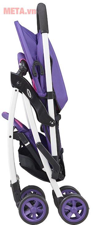Xe đẩy trẻ em Aprica Magical Air Prism Violet PP có thể đứng sau khi gấp gọn, giúp tiết kiệm không gian
