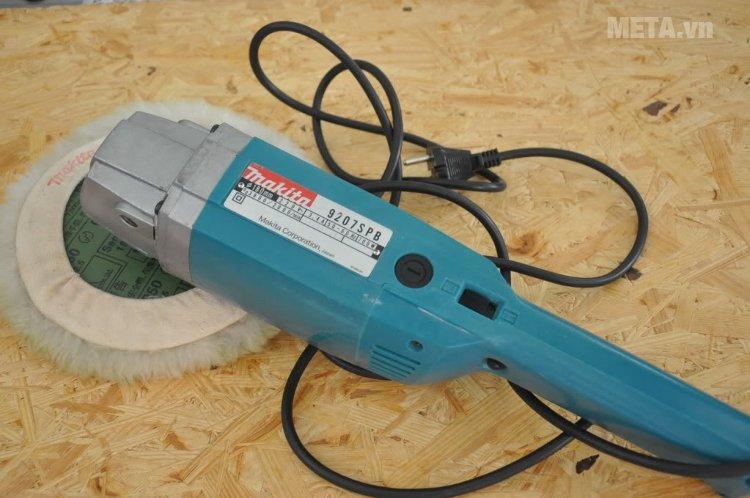 Máy chà nhám, đánh bóng Makita 9207SPB có thiết kế nhỏ gọn, tiện dụng
