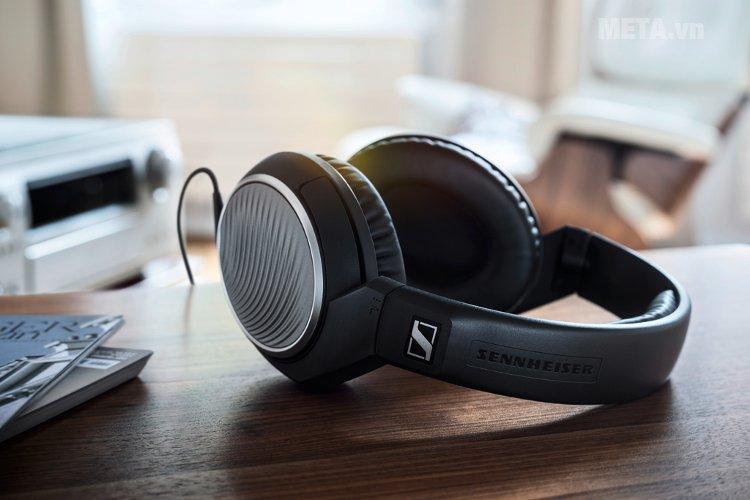 Tai nghe Sennheiser HD471G thiết kế nổi bật