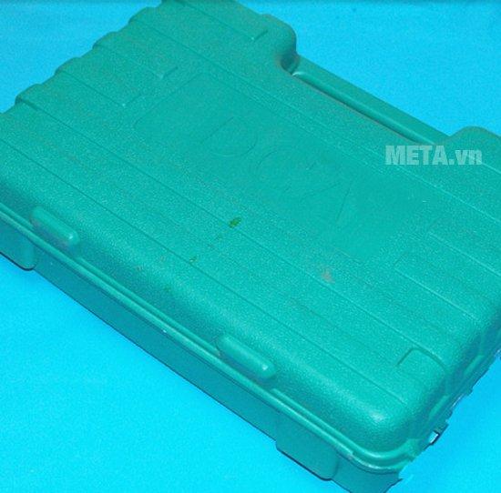 Hộp đựng máy vặn bu lông dùng pin DCA ADPB10 cứng cáp.