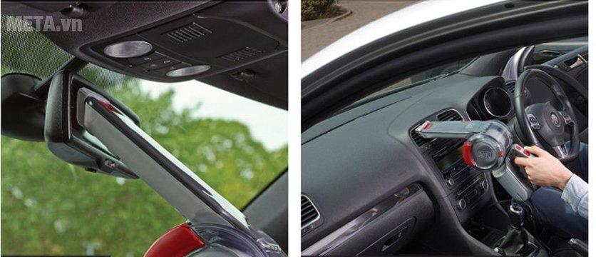 Máy hút bụi Black&Decker PV1200AV giúp bạn tự tay vệ sinh chiếc xe của mình
