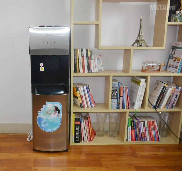 Cây nước nóng lạnh cao cấp Midea YL1566S phù hợp với mọi không gian nội thất