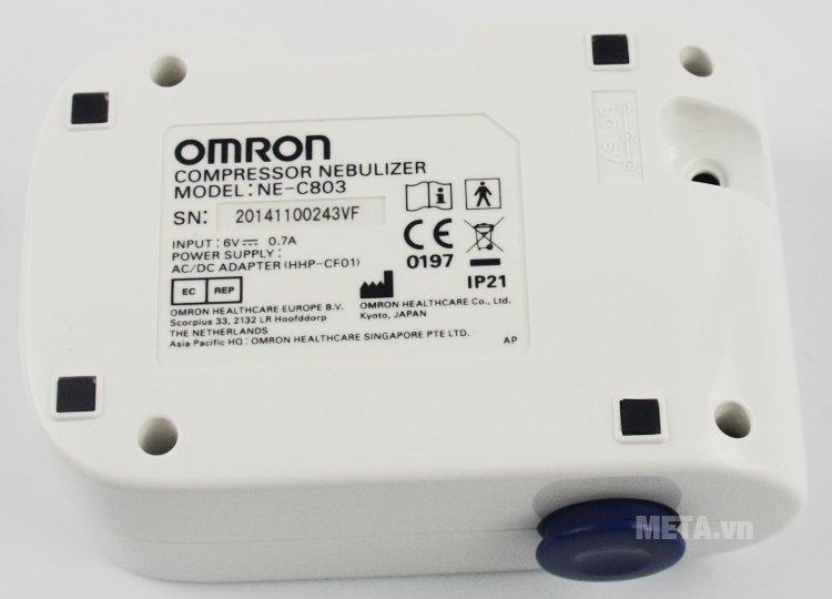 Máy xông mũi họng Omron NE-C803 thiết kế nhỏ gọn, máy chạy êm