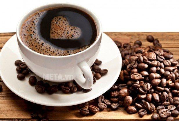 Ấm pha cà phê Aeternum Allegra 3Tz Silver BCM 6015 giúp pha cà phê nhanh chóng