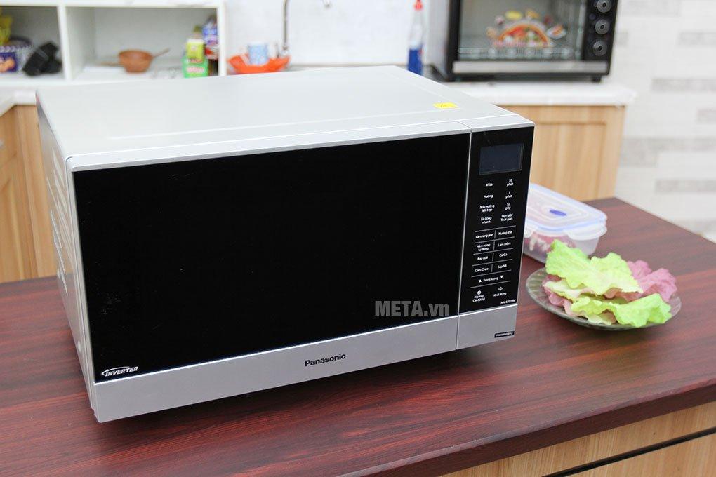 Lò vi sóng Panasonic NN-GF574MYUE - 27 lít thiết kế hiện đại