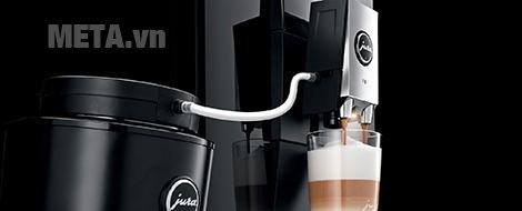 Máy pha cà phê tự động Jura Impressa F9 Piano Black có hệ thống đánh sữa