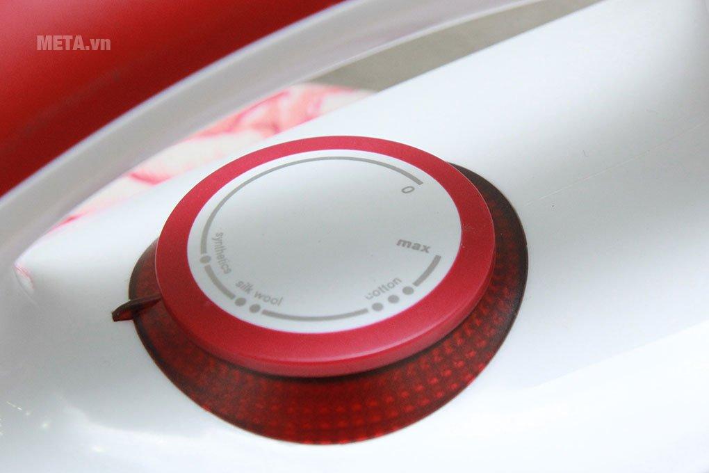 Bàn là Electrolux EDI1004 có thể điều chỉnh nhiệt độ dễ dàng