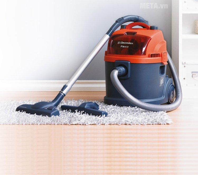 Máy hút bụi Electrolux Z931 giúp công việc dọn dẹp nhà cửa trở nên nhẹ nhàng hơn