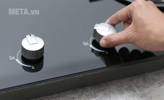 Bếp âm Electrolux EGT7526CK dễ dàng sử dụng