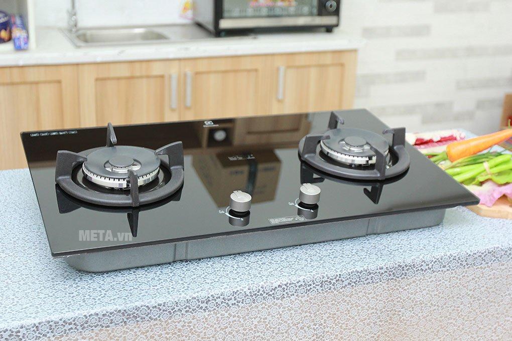 Bếp âm Electrolux EGT7627CK thiết kế đẹp mắt, sang trọng