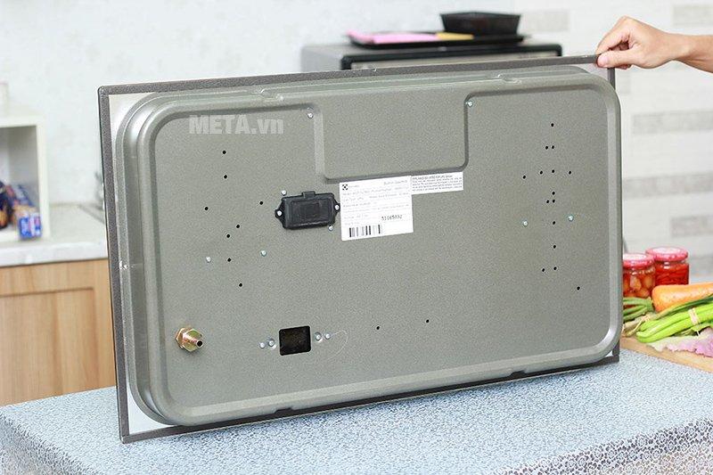 Bếp âm Electrolux EGT7627EG có thiết kế âm dưới bàn bếp