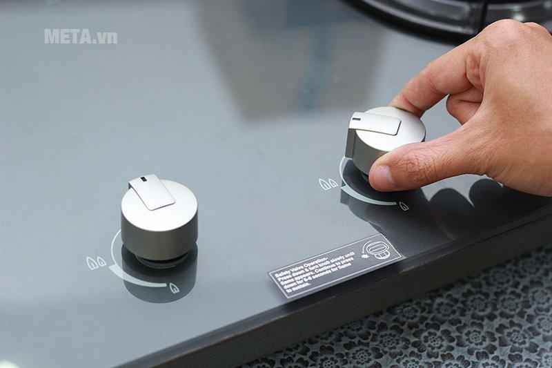 Bếp âm Electrolux EGT7627EG dễ sử dụng