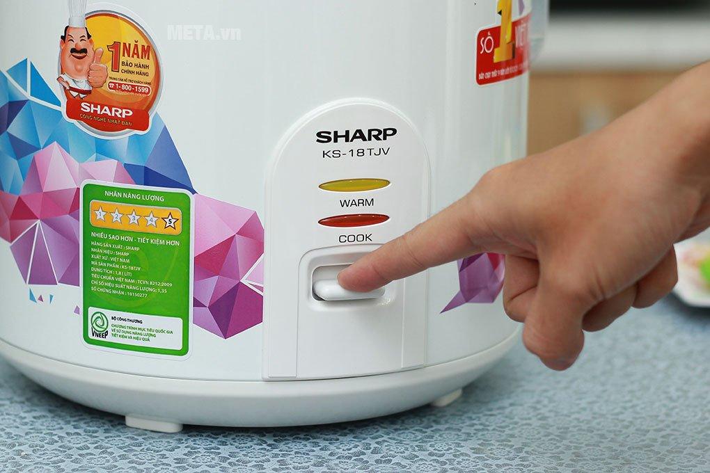 Nồi cơm điện nắp gài Sharp KS-18TJV 1.8 lít dễ sử dụng với nút gạt