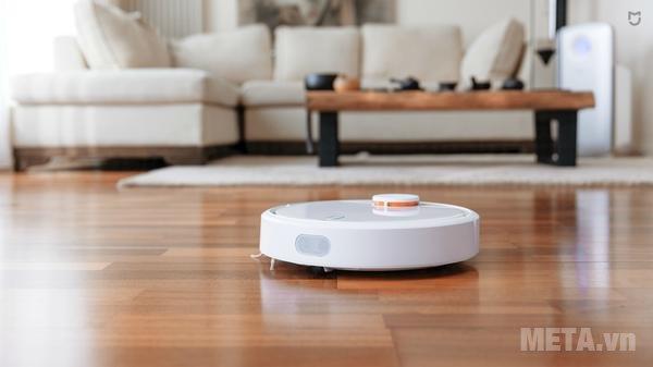 Máy hút bụi thông minh Mi Robot Vacuum Xiaomi có thể được điều khiển từ xa thông qua phần mềm trên điện thoại
