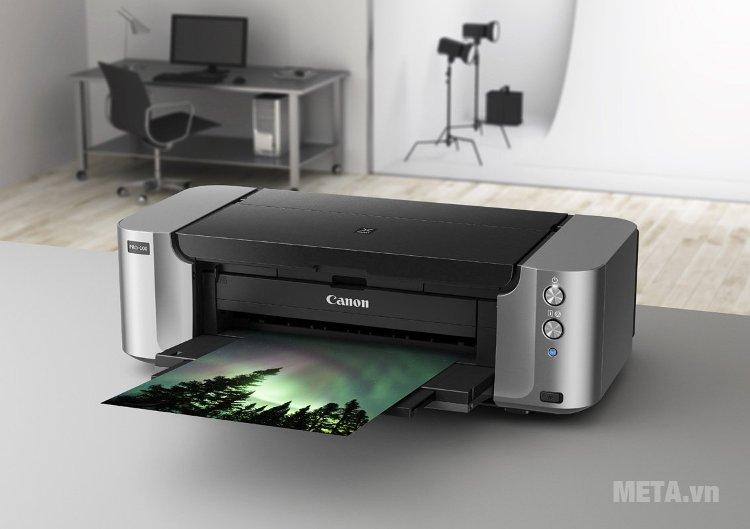Máy in phun màu Canon Pixma Pro-100 có thể kết nối với mạng nội bộ trong phòng cho nhiều người sử dụng