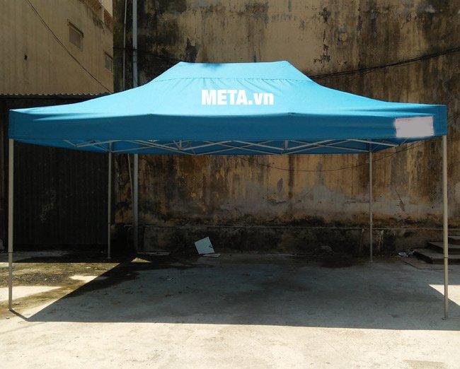 Khung nhà bạt di động 3m x 4,5m được làm từ chất liệu chắc chắn