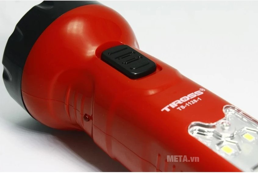 Đèn pin sạc điện Tiross TS-1128-1 dễ dàng sử dụng