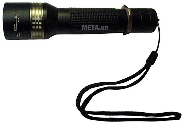 Đèn pin CREE cầm tay Tiross TS-692 có thiết kế nhỏ gọn