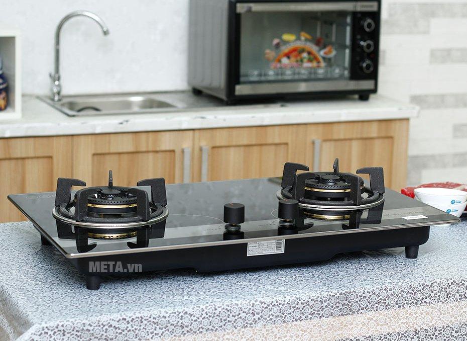 Bếp ga âm kính Sunhouse SHB8836 có thiết kế hiện đại