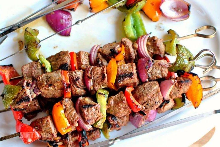 Lò nướng Sanaky VH 359N giúp thức ăn chín đều, thơm ngon
