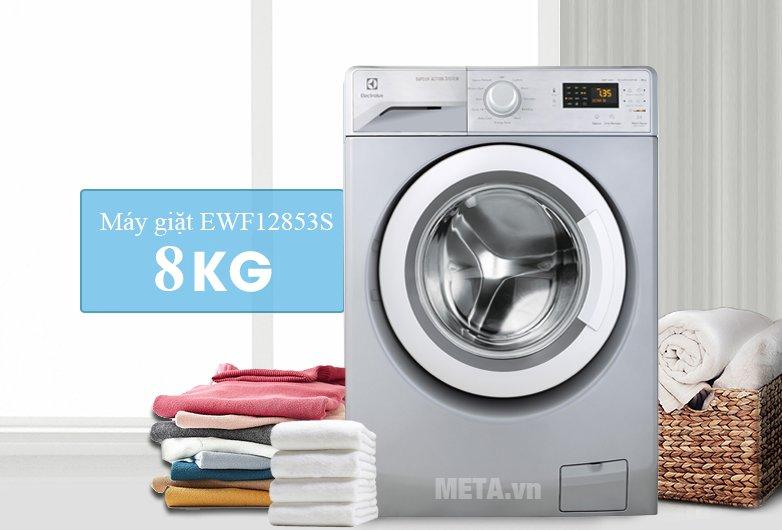 Máy giặt Electrolux EWF12853S có khối lượng giặt 8kg