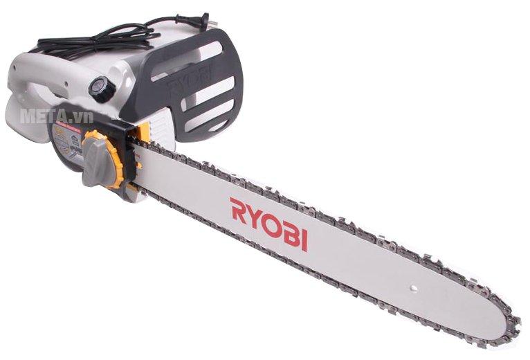 Máy cưa xích Ryobi CS-402L có thiết kế chắc chắn