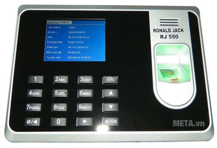 Máy chấm công vân tay Ronald Jack RJ 550 hoạt động ổn định với độ bền cao.