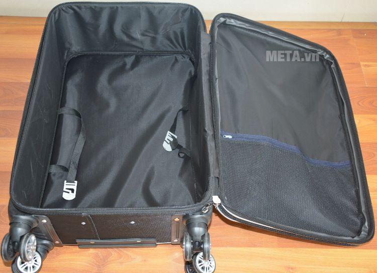Bên trong vali 4 bánh xoay VLX011 20 inch thiết kế dây đai cố định đồ dùng.