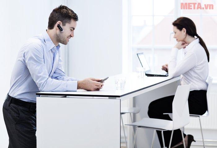 Tai nghe Bluetooth Sennheiser Presence 2 in 1 cho thời gian đàm thoại lên đến 10 giờ