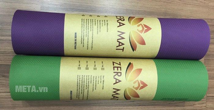 Thảm Yoga Zera Mat 8 ly với màu tím và xanh lá