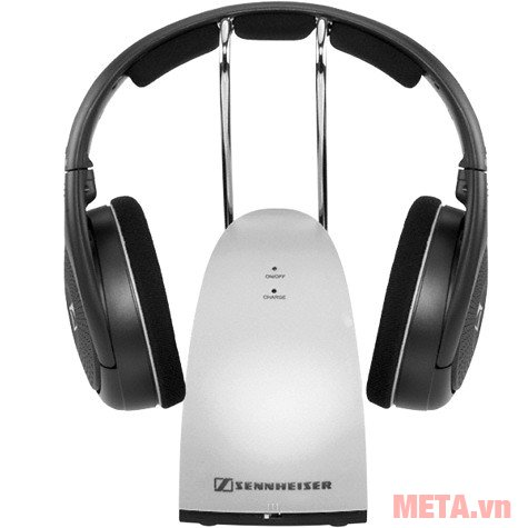 Tai nghe Sennheiser RS 120 II phát ra âm thanh trong trẻo, cân bằng cùng với âm bass mạnh mẽ.