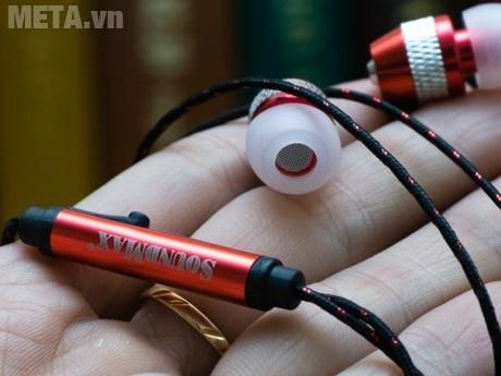 Tai nghe SoundMax AH-306S có khả năng chống nhiễu khi đàm thoại