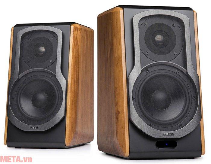 Edifier S1000DB nghe nhạc thông qua sóng Bluetooth