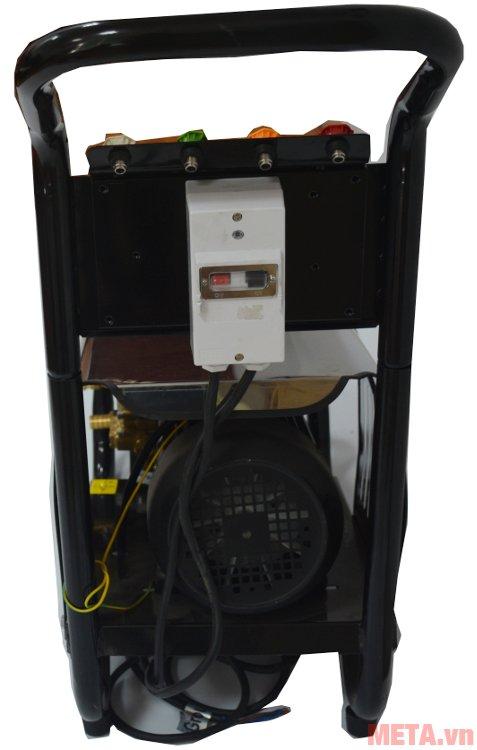 Mặt sau của máy rửa xe cao áp Projet P30-1510B2