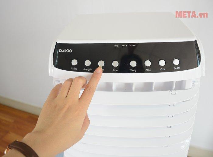 Máy làm mát không khí Daikio DK-800A dễ dang điều chỉnh với nút chức năng