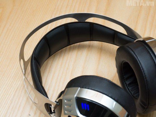 Tai nghe SoundMax AH-319 có motor rung tích hợp trên củ tai.