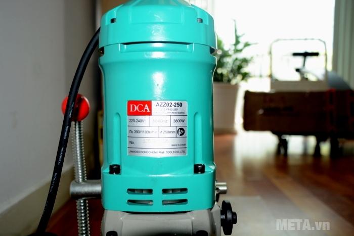 Máy khoan rút lõi bê tông DCA AZZ02-250 (Z1Z-FF02-250) mạnh mẽ với công suất 3800W