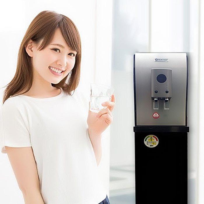 Máy lọc nước đem lại nguồn nước tinh khiết cho bạn thêm lựa chọn với 2 đầu nóng lạnh