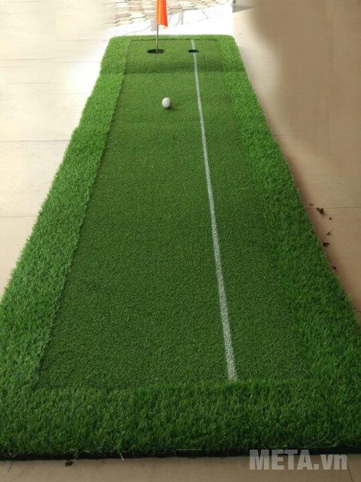 Thảm tập Putting Green 3m x 0.6m được làm bằng cỏ nhân tạo