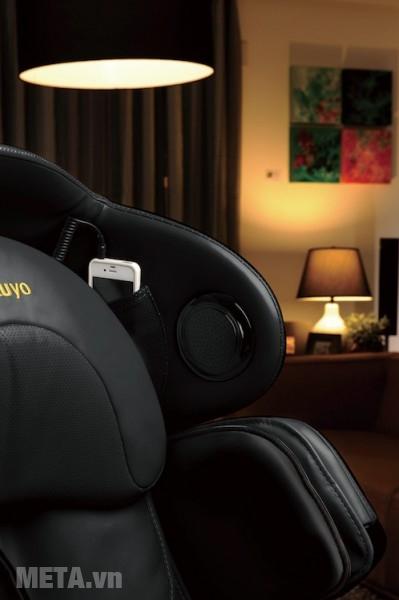 Ghế massage Tokuyo TC 711 kết nối thông minh với điện thoại, Smartphone, Tablet