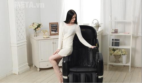 Ghế massage toàn thân TC 711 đầy chuyên nghiệp
