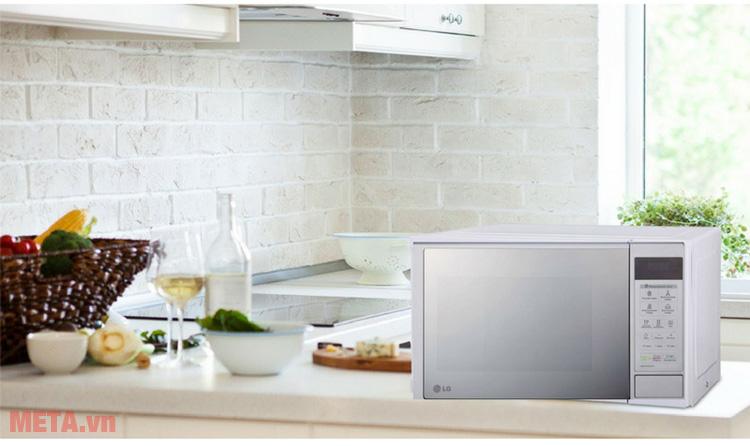 Lò vi sóng đa năng MH6343DAR 23 lít phù hợp với không gian bếp nhà bạn