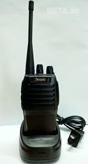 Máy bộ đàm Iradio IR-669 (FM) gọn nhẹ, sư dụng pin sạc có độ bền cao