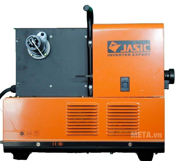 Máy hàn bán tự động Jasic MIG 250 (J04) đạt tiêu chuẩn chất lượng ISO về độ an toàn điện cho người sử dụng.