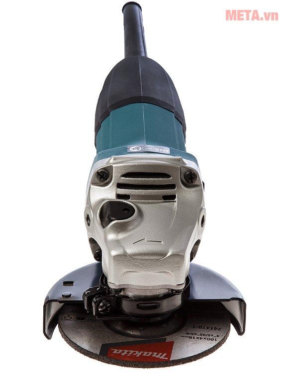 Máy mài góc Makita GA4030 có đầu máy rắn chắc, chịu lực tác động lớn